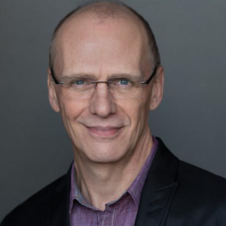 Profile picture of Michael Oaks