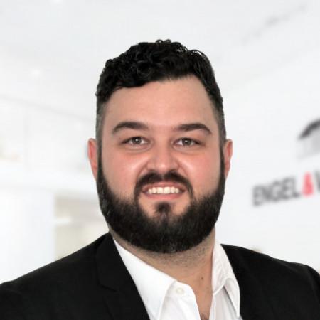 Profile picture of Josh Sellers