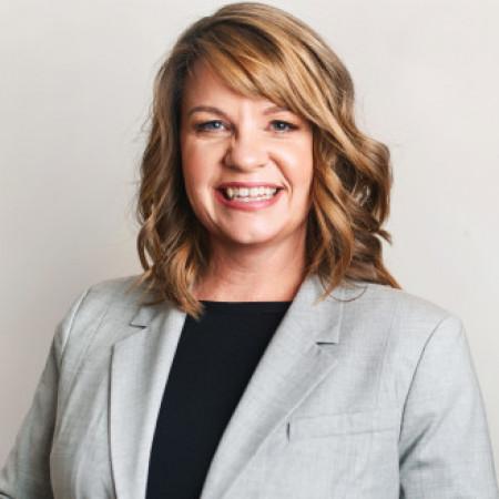 Profile picture of Andrea Pettitt