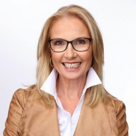 Profile picture of Elizabeth H. Noonan