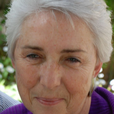 Profile picture of Sharon Hawthorne