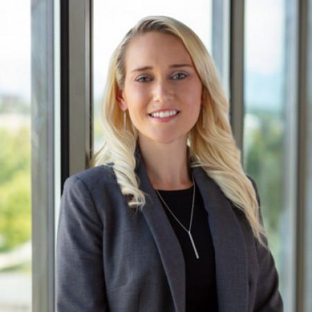 Profile picture of Dana Esquivel
